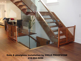 A61   Gate Installation To Glass Railing